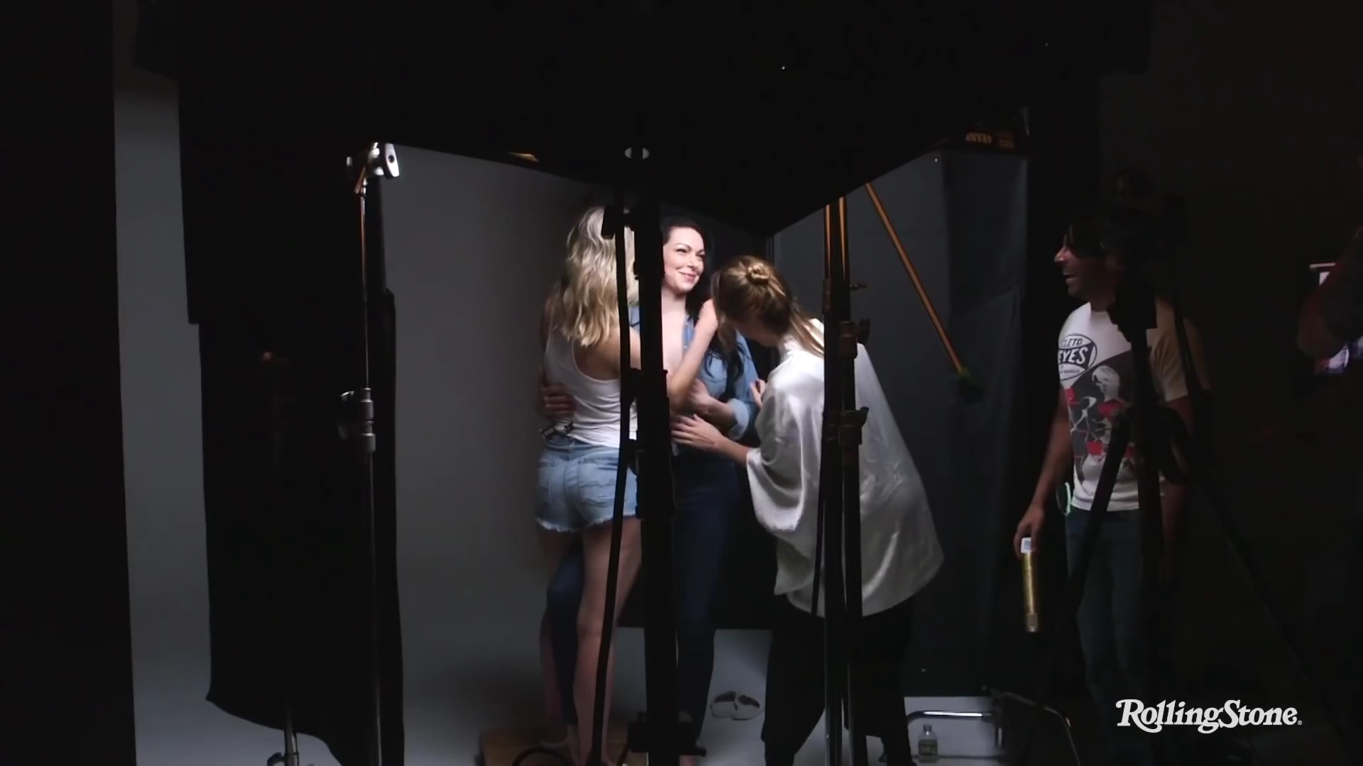 Taylor Schilling And Laura Prepon On How Orange Is The New Black Images, Photos, Reviews